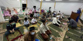 Masjid di Villa Meruya Jakarta